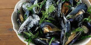 cuisiner la salicorne moules à la salicorne sauce crémeuse au beurre d aneth facile et