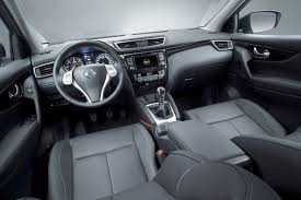 nissan qashqai engine size nissan qashqai pricing and specifications photos 1 of 4