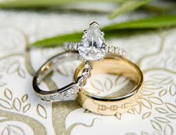 ring engaged kaley cuoco karl cook are engaged see ring inside weddings