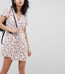 cool dresses the cool dresses every girl owns whowhatwear
