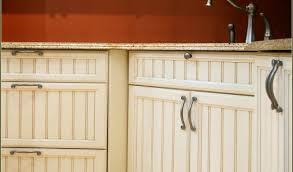 Knobs Kitchen Cabinets by Brushed Nickel Cabinet Pulls Lowes Cabinet Knobs And Handles