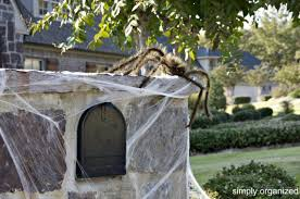Decorate Your Home For Halloween 15 Fun And Scary Ideas How To Decorate Your Mailboxes For