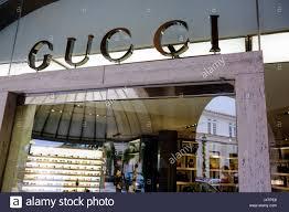 palm beach florida worth avenue gucci boutique business store