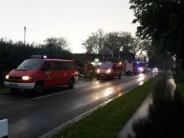 K Hen Im Angebot Umwelteinsatz öl Im Graben Freiwillige Feuerwehr Helmste