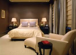 bedroom with brown wallpaper decorating room ideas general bedroom bedroom decorating ideas with brown furniture cottage