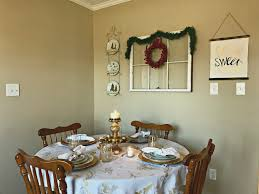 Gold Table Setting by Romantic Gold And White Holiday Table Setting U2013 Come Home For Comfort