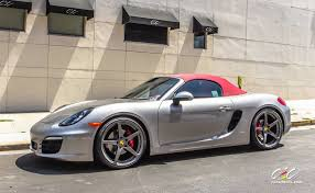 boxster porsche black 2013 porsche boxster and cayman s with staggered 21 and 20 inch