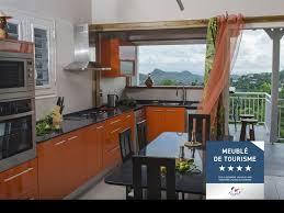meuble canne a peche villas de standing avec piscines privées en campagne dom tom