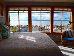 beautiful whidbey island waterfront beach house coupeville