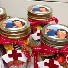 10 gift ideas for the special nurses in your gift nurses