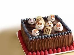 halloween cake decorating ideas graveyard mixed berry halloween graveyard cake
