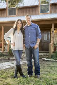 168 best tv fixer upper chip and joanna gaines images on