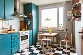 carrelage damier cuisine la fabrique à déco rétro une cuisine tellement sixties