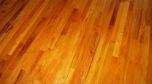 Wood Floor Vs Laminate Vs Engineered Laminate Vs Wood Floors Interior Design Laminate Vs Hardwood