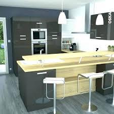 cuisine ouverte ilot central idee cuisine ouverte ou cuisine cuisine mole cuisine bar