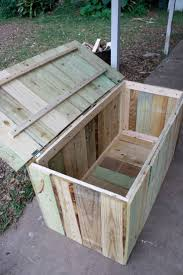 Barn Toy Box Woodworking Plans Storage For Pool Easy To Build I Think The Bottom Would Have