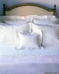 Linen Sheets Vs Cotton Sheets Bed Linens 101 Martha Stewart
