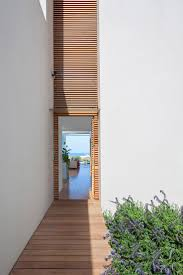 Modern Narrow House 40 Modern Entrances Designed To Impress Architecture Beast