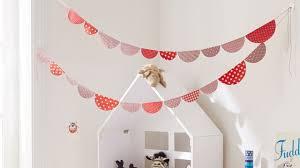 guirlande pour chambre déco chambre diy guirlande en papier pour une chambre d enfant