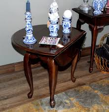 drop leaf coffee tables kincaid queen anne style drop leaf side table cherry wood