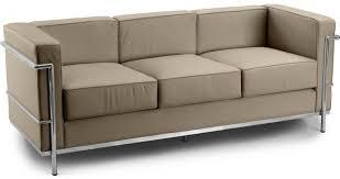 corbusier canapé canapé 3 places cuir taupe inspiré lc2 le corbusier lestendances fr
