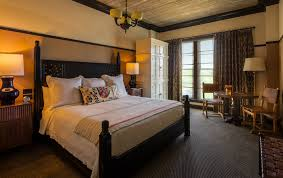the a picture the bedroom in hotel emma s river suite option pictured is a king sized
