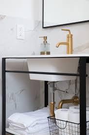 Metal Framed Bathroom Mirrors by Black Metal Framed Bathroom Mirror Design Ideas