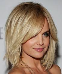 medium length layered wavy hairstyles shoulder length wavy hair with bangs hairstyle picture magz