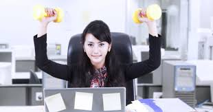 5 exercices pour se muscler au bureau