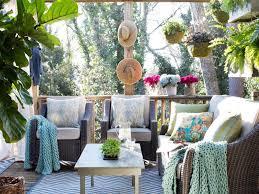 Outdoor Living Room Ideas HGTV - Outdoor living room design