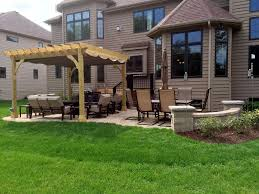 pergola shade solutions for your chicagoland backyard archadeck