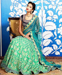 20 indian wedding dresses you can try this season