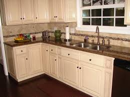 backsplash with white kitchen cabinets white kitchen cabinets granite countertops my home design