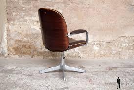 chaise de bureau en bois à fauteuil de bureau vintage ico parisi mim pivotant et accoudoir