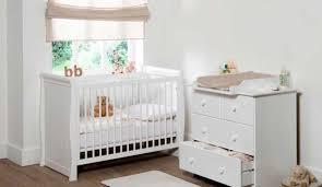 amenagement chambre bébé amenager la chambre de bebe get green design de maison