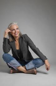 best shoo for gray hair for women 191 best fabulous over 50 images on pinterest white hair going