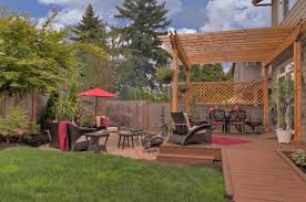 Backyard Deck Design Ideas 20 Landscaping Deck Design Ideas For Small Backyards Style