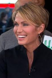 how to cut your hair like amy robach they re especially cranky in the morning gma star lara spencer