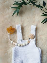 perle en bois pour attache tetine l u0027attache tétine en bois diy facile minireyve