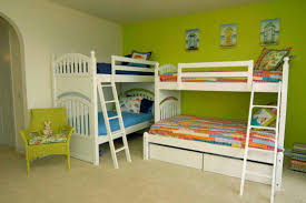 Small Bedroom For Two Girls Bunk Beds Small Room Home Design