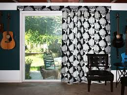 moms eat cold food hanging curtains on a vertical blind track