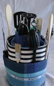 kitchen tea gift ideas gift cake but use pered chef items gifting cake