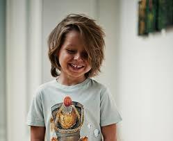 Frisuren Lange Haare F Kinder by Haarschnitte Und Kinderfrisuren Längere Haare Kinder