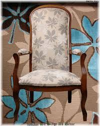 tapissier siege fauteuil voltaire du siège au décor tapissier d ameublement du