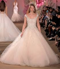 wedding dress trend 2017 brave wedding dresses trends 2017