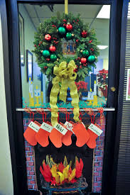 Ideas For Christmas Tree Decorating Contest by Office 31 Christmas Door Decorating Contest Fireplace Office