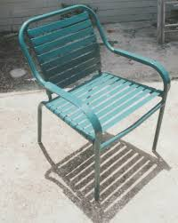 Refinishing Patio Furniture by Refinishing Beach And Patio Furniture