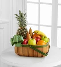 christmas gift baskets are the perfect choice for friends and
