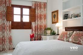 Santa Cruz Bedroom Furniture by Seville Apartment Santa Cruz Square Seville Spain Plaza Santa