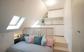 chambre dans comble chambre comble petit espace aménagement